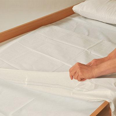 Защитная простынь Abri-Bed Light на постели