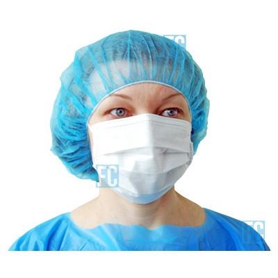 Надетая медицинская маска Saraya Face Fit Mask